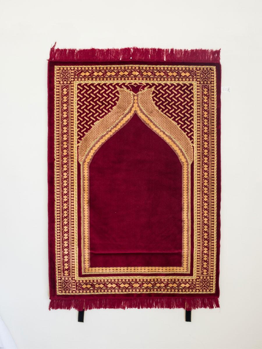 Jeweled Arch Prayer Mat