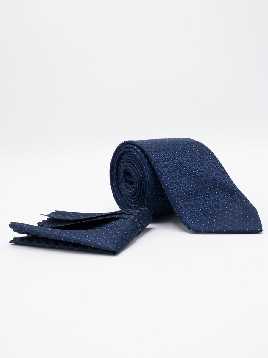 Calibrate Ballard Solid  Polyester Tie