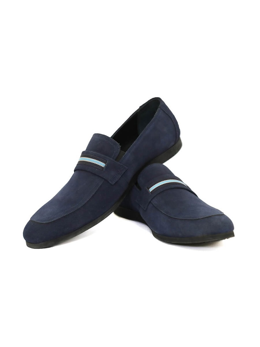 TACKY LOAFERS
