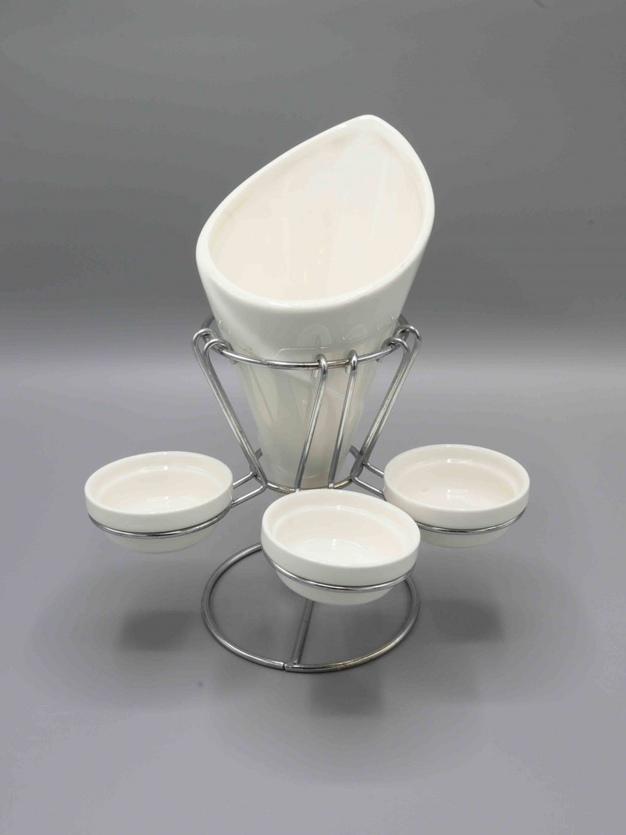 Chip and Dip Set With Stand