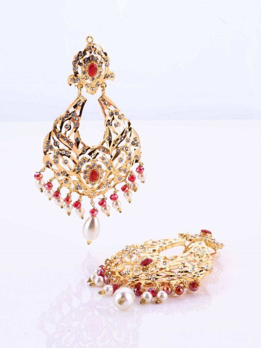 Nuaratan earrings