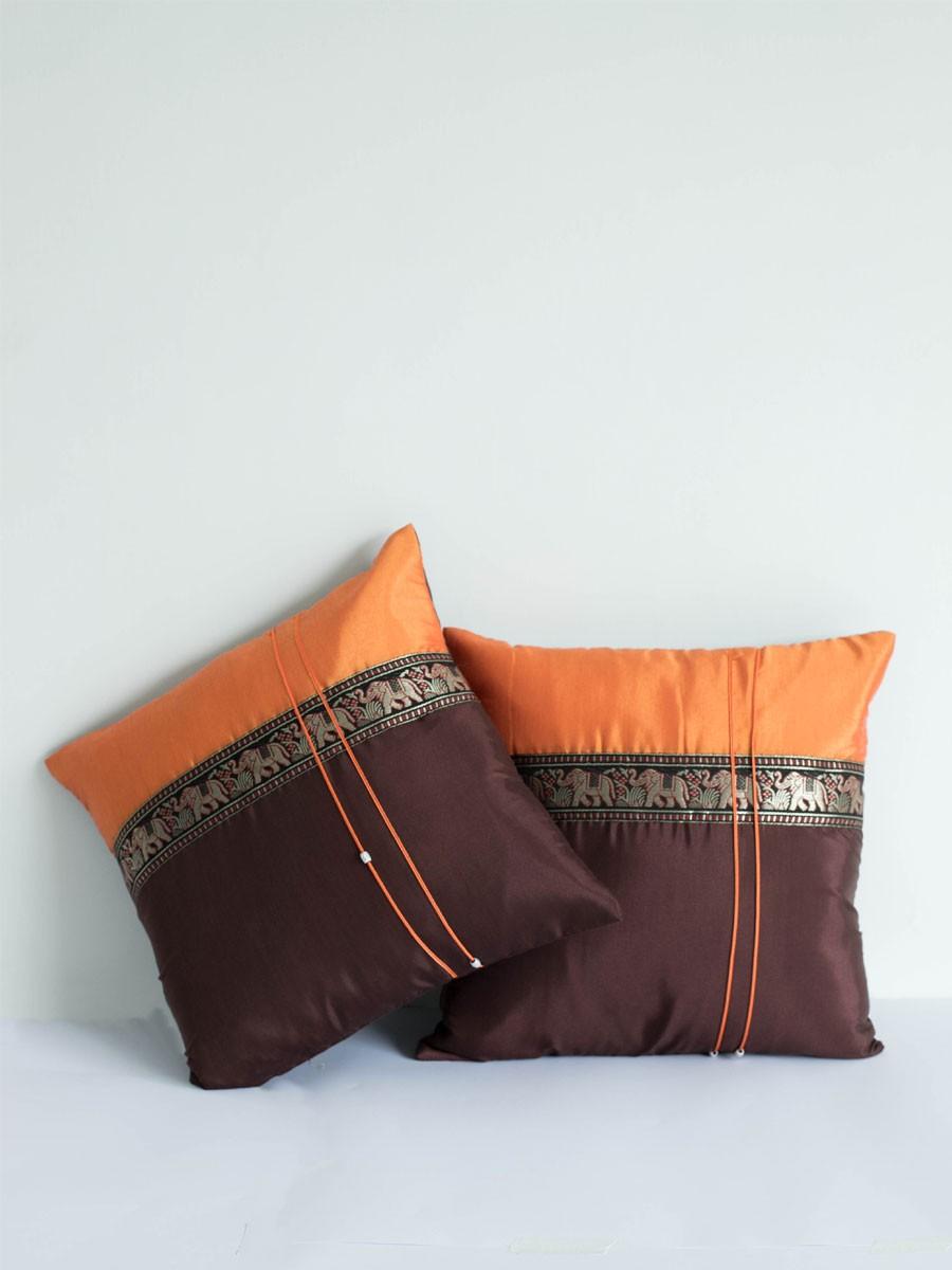Shaahi Bakhat B Cushion Cover