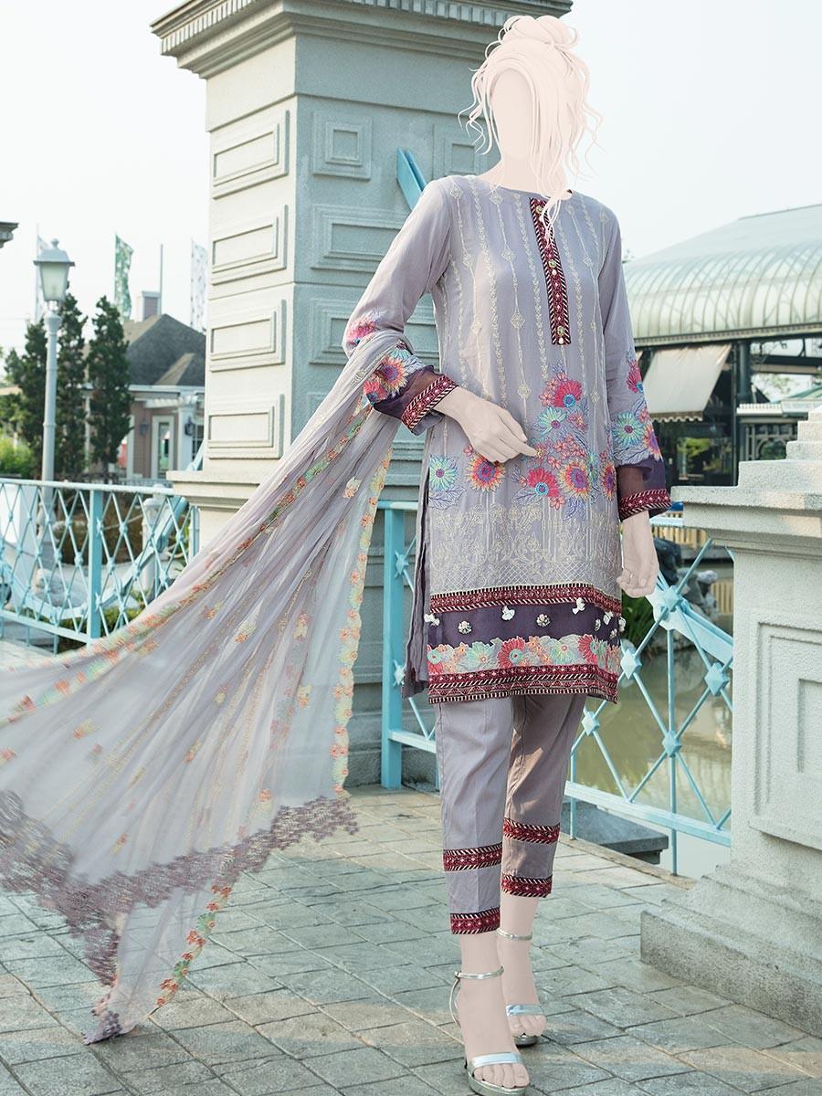 Lilac Embroidered Lawn 3 Piece Suit For Women