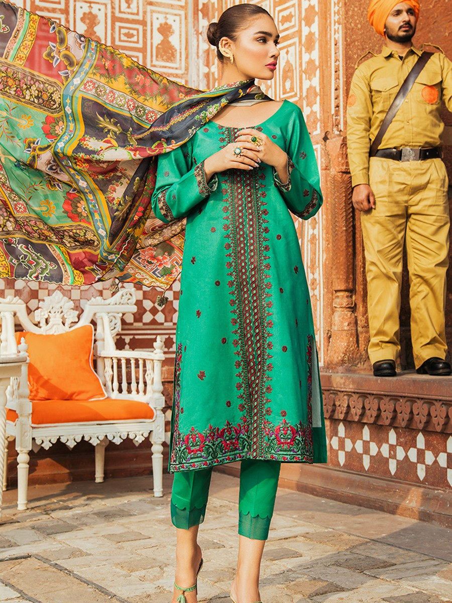 Kaasni Embroidered Lawn Unstitched 3 Piece Suit
