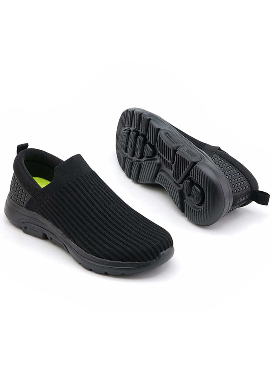 Men Black/Dark GreySports Lifestyle Shoes