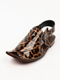 Hand-crafted leather Peshawari Chappal