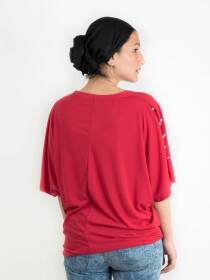 TOP WITH SLITS ON SLEEVES