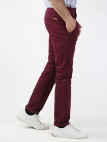 Maroon Solid Slim Fit Chinos