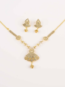 Gleaming Alloy Gold plated Necklace Set