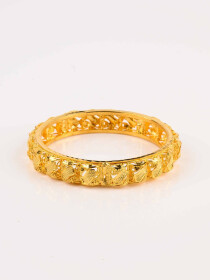 Dazzling Gold Plated Bangle (Kara)