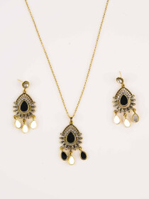 Graceful Gold Plated Pendant Set