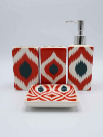 Red Design Multi Color Bath Set