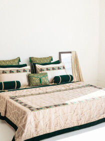 Tarang Bridal Design Bedsheet Set