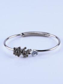 Silver Round Bracelet