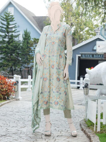Light pistachio Embroidered Lawn 3 Piece Suit For Women