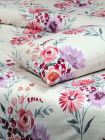 Floral Off-White Bed Sheet With Two Pillow Covers