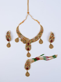 Glamorous Gold Plated Choker Necklace Set For Women