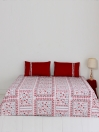 Rosas Enmarcadas Bed Sheet